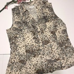 Tahari sleeveless blouse Size L